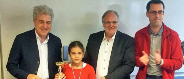 Salma Vidoni (Club d'Échecs de Saint-Maur) remporte le 1er Tournoi M Échecs spécial Petits-Poussins !
